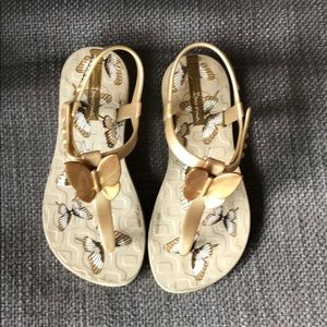 Ipanema butterfly sandals size 10